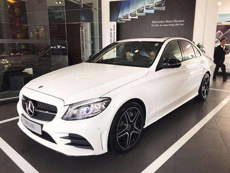 giá xe mercedes c300 2019