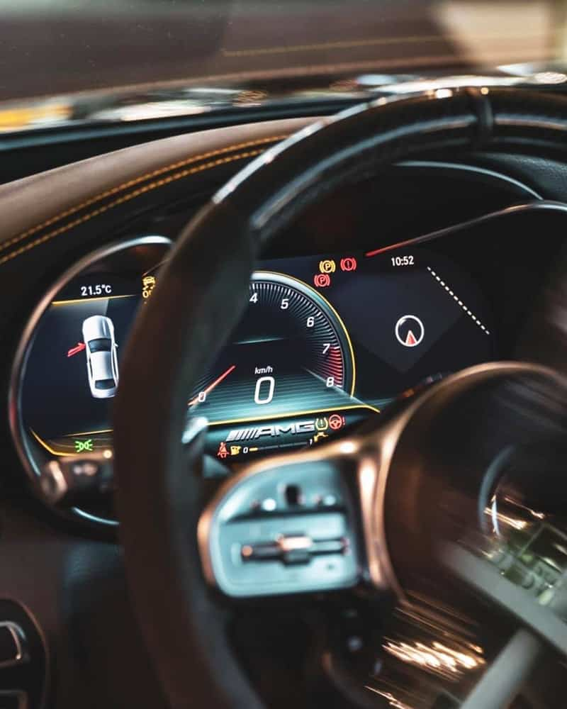 nội thất xe mercedes c300 amg trang bị màn hình 12.3 inch