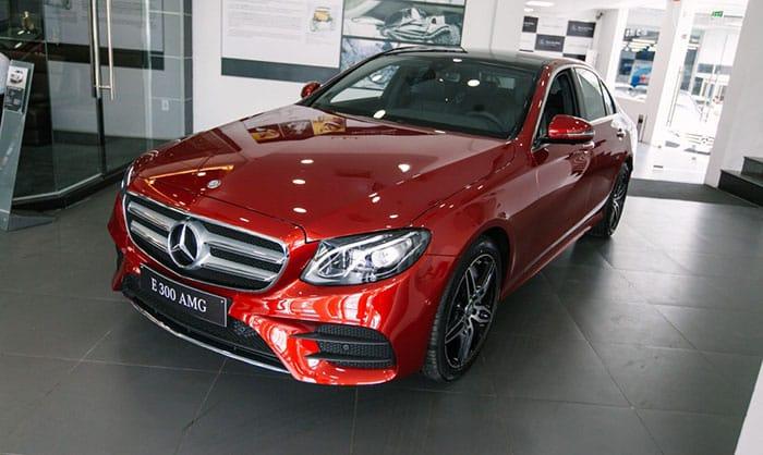 Giới thiệu xe Mercedes E300 AMG