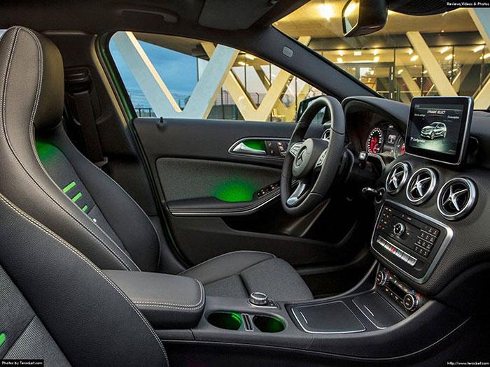 Nội thất Mercedes A200