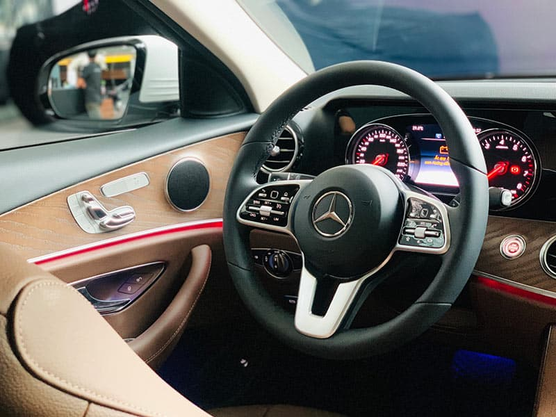 https://germanycar.com.vn/wp-content/uploads/2018/05/mercedes-e200-model-2019-10.jpg