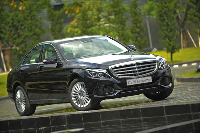 Mercedes C250 khẳng định vị thế số 1 của mình trong phân khúc