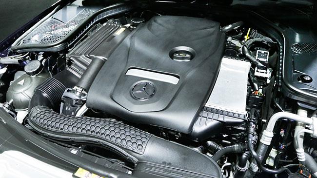 Mercedes C250 vận hàng bền bỉ