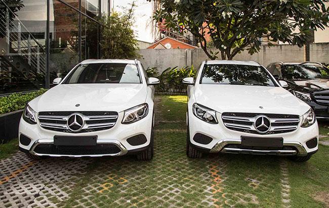 Phía bên trái là GLC 200, phía bên phải là GLC 250