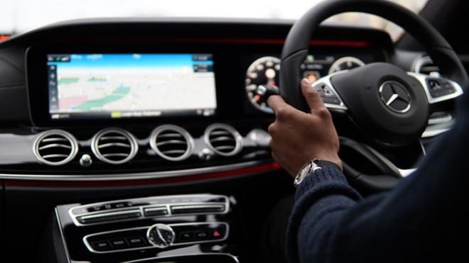Những tay lái Mercedes-Benz
