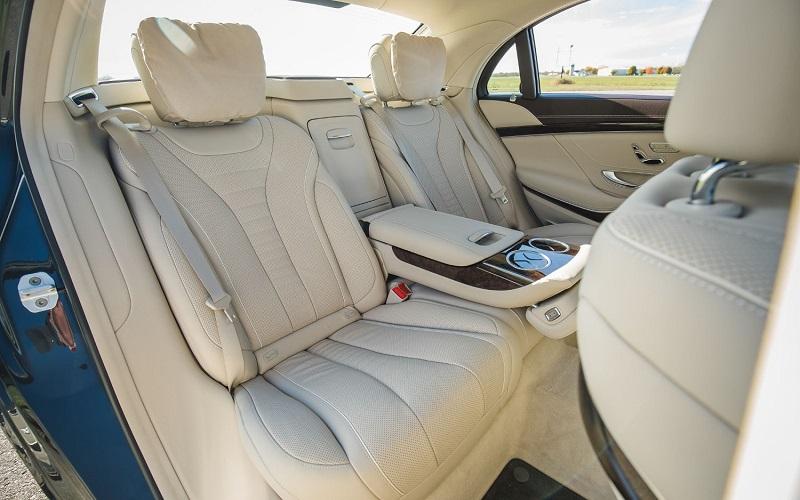 Hàng ghế sau Mercedes Benz S450