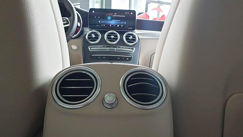 cửa gió điều hòa hàng ghế sau xe mercedes glc 300