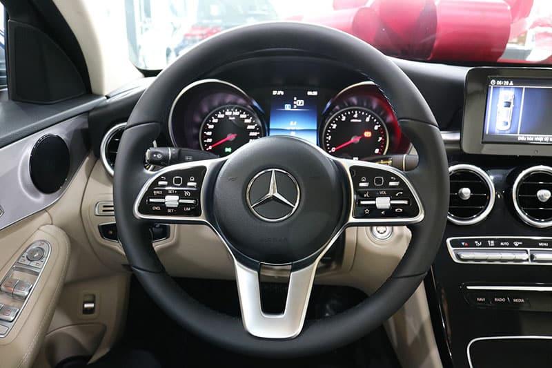 vo lăng Mercedes C180