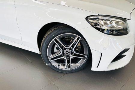 Mercedes C180 AMG